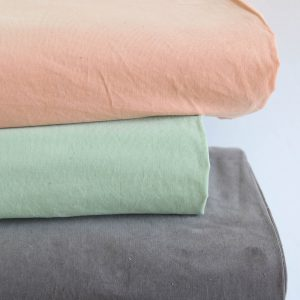 Baby Cord in mint soft und stretchy