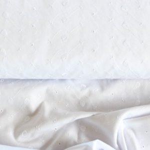 Batist mit Stickerei / Blusenstoff / Broderie Anglaise  in weiß