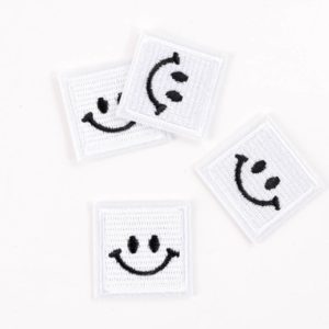 "PATCH"" ""happy Smiley"" white 3×3 cm   (Nr.23)"