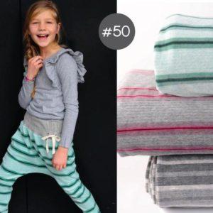 """SEWING-KIT Stoff+Papierschnittmuster """"Baggy Pants Kids"""" aus Kuschelnicky Gr. 92-152  (Farbe wählbar)"""