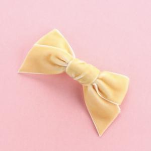 """Samt Haarclip  in """"yellow-vanilla"""""""